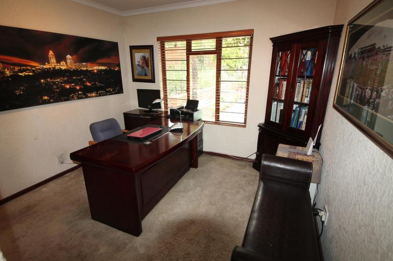 Property For Sale in Sunninghill, Sandton 14