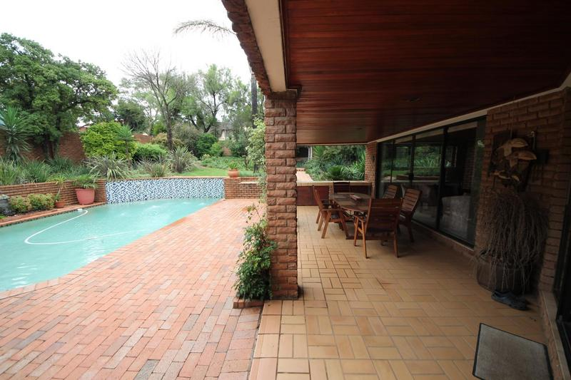 Property For Sale in Sunninghill, Sandton 21