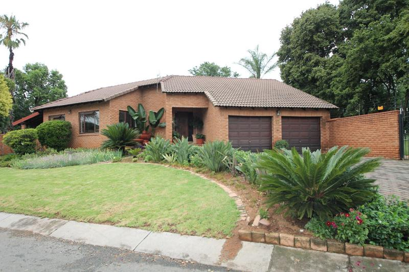 Property For Sale in Sunninghill, Sandton 29